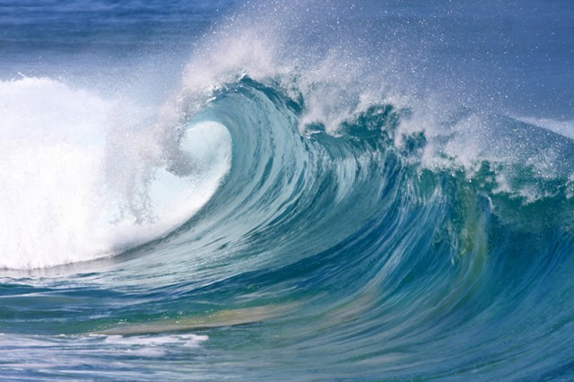 Wave1-640x426